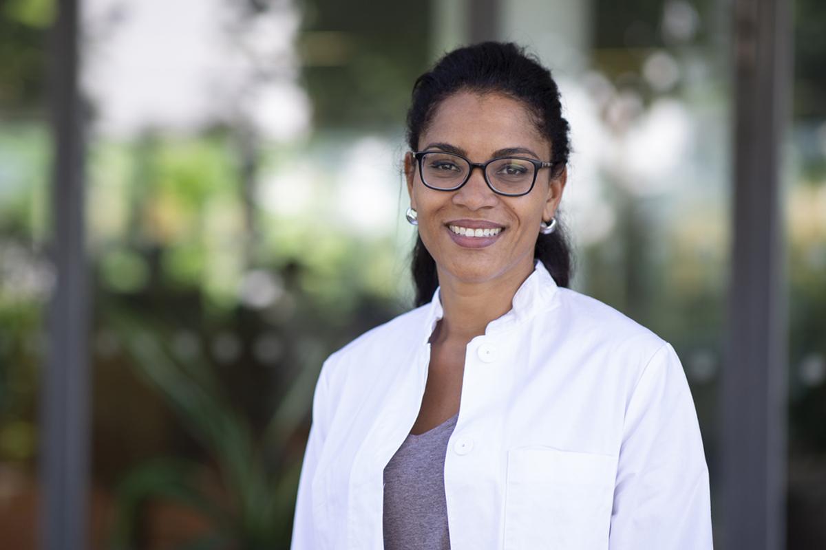 Dr. med. Mariatu Binta Leigh